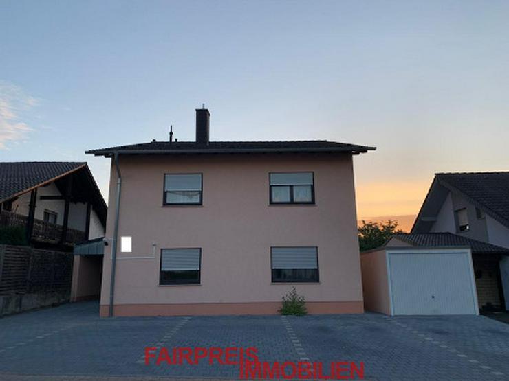 Schoenes Zweifamilienhaus, TOP Zustand