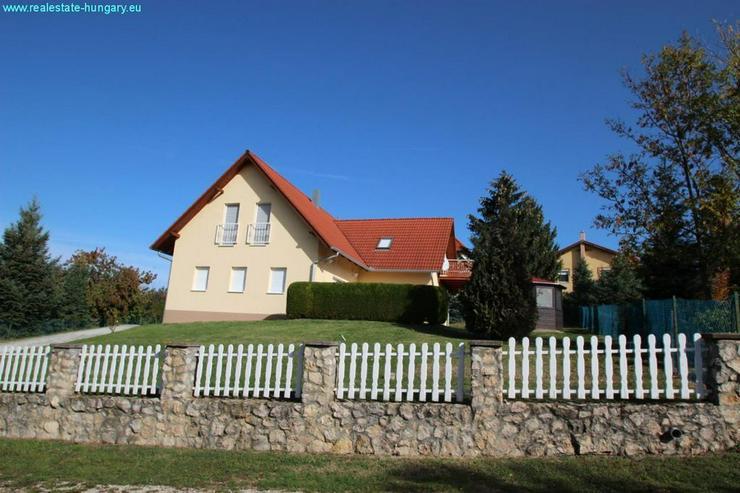 Großes Wohnhaus am Nordufer - Auslandsimmobilien - Bild 1