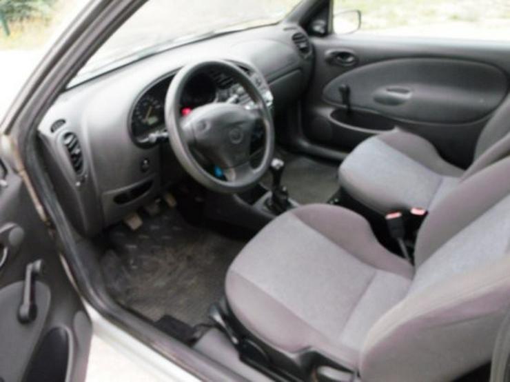 Bild 5: Mazda 121 Blizzard by mv-1.de   mit neuem Tüv