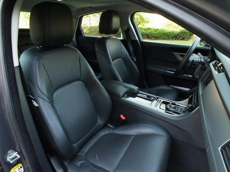 Bild 6: JAGUAR XF Prestige AT Navi/Cam 360 PDC Xenon Leder Lenk/SHZ Dist. Temp E Sitze ALU Care Paket