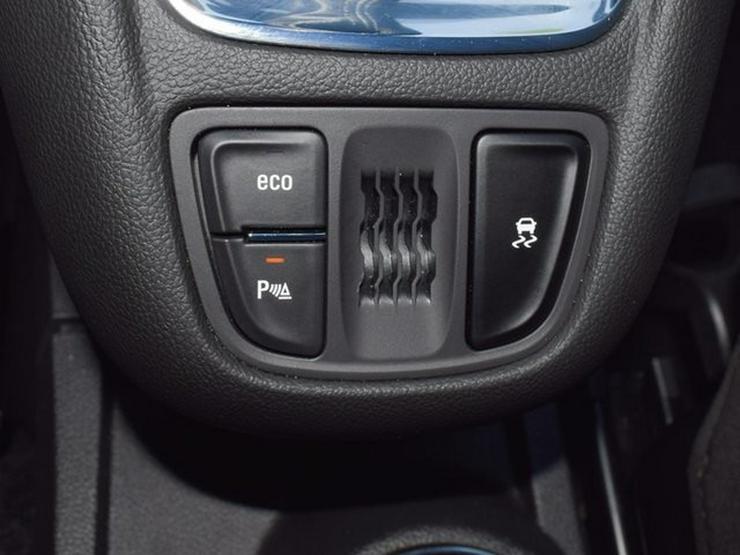 Bild 6: OPEL Zafira 1.4 T S&S Navi 4.0 IntelliLink/Cam Klimaauto. Alu17 Temp PDC OnStar NSW 7 Sitzer