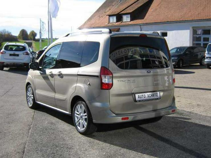 Bild 5: FORD Tourneo Courier Titanium *Werksdienstwagen*