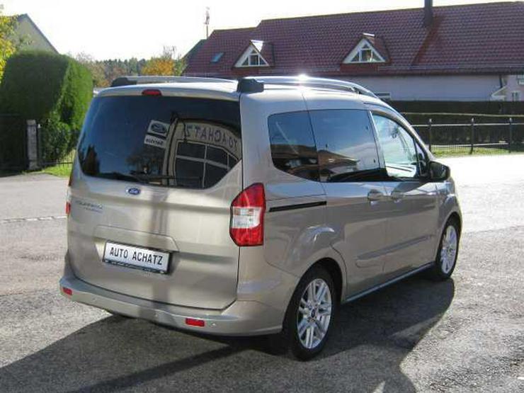 Bild 3: FORD Tourneo Courier Titanium *Werksdienstwagen*