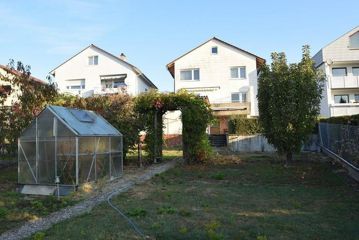 Bild 4: 2-FH in leichter Süd-Hang-Lage mit Fernblick, ruhiges Wohngebiet