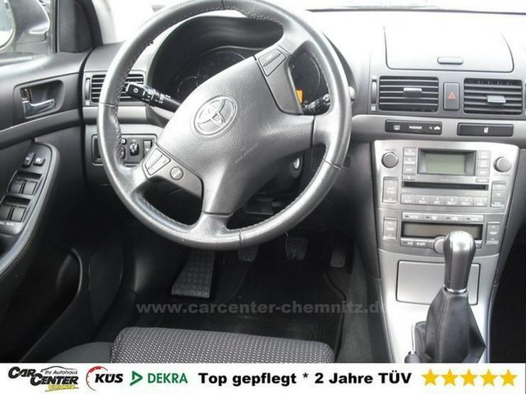 Bild 3: TOYOTA Avensis Kombi 1.8 *beheizte FS*SHZG*1HD*TÜV NEU