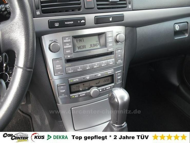 Bild 4: TOYOTA Avensis Kombi 1.8 *beheizte FS*SHZG*1HD*TÜV NEU