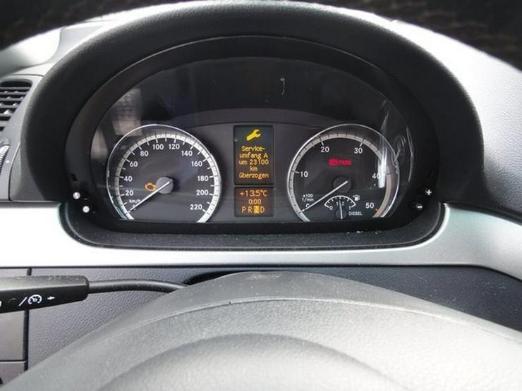 Bild 17: MERCEDES-BENZ Viano 3.0 CDI Trend Edition kompakt 8-Sitzer PDC AHK
