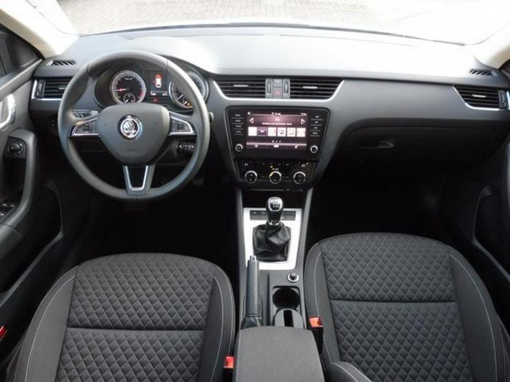 Bild 11: SKODA Octavia Combi DRIVE 2.0 TDI FACELIFT +NAVI/PANO