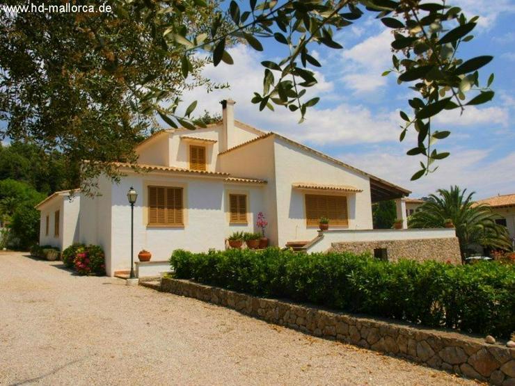 : Schöne Villa in Valldemossa mit fantastischem Ausblick auf das Gebirge Sierra de Tramun...