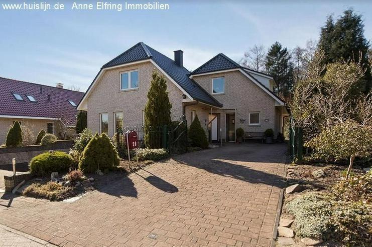 Anne Elfring Immobilien bietet an: Landhaus zum verlieben schön.