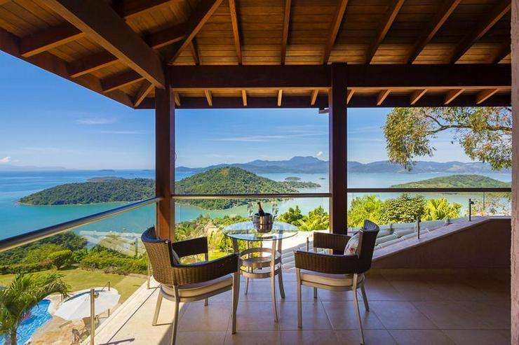 Bild 3: Wunderschönes Herrenhaus mit 5 großen Suiten, ewigem-Pool mit Meerblick