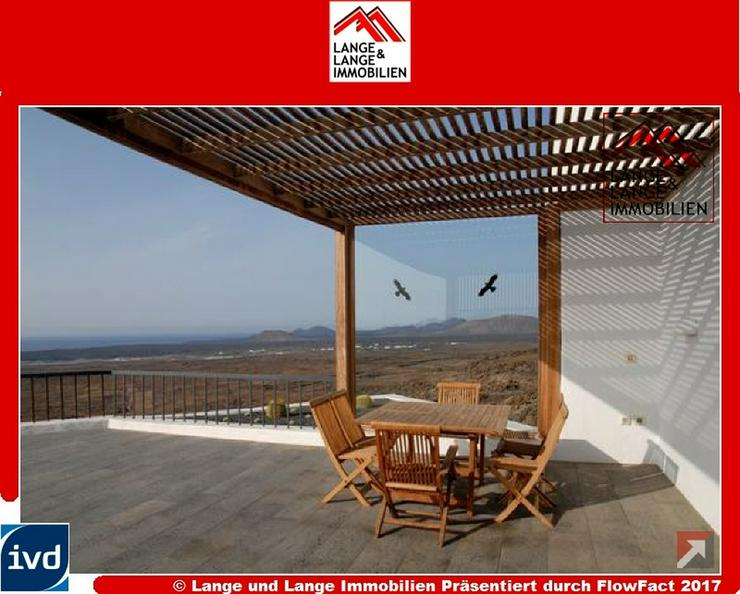 Lanzarote - Las Brenas - Luxusvilla der Extraklasse mit Panorama-180-Grad-Blick - Spanien ...