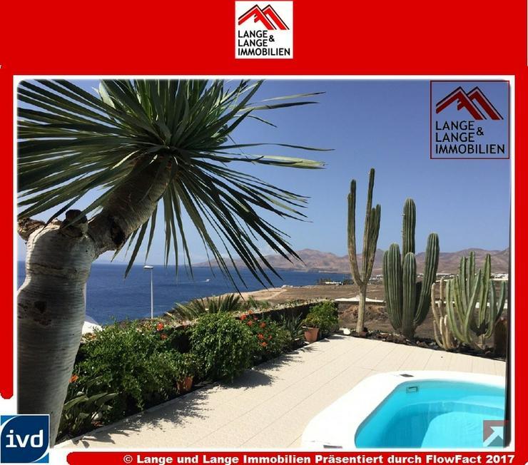 Lanzarote - Puerto del Carmen - Luxusvilla mit Panoramablick in einer der besten Wohngegen...