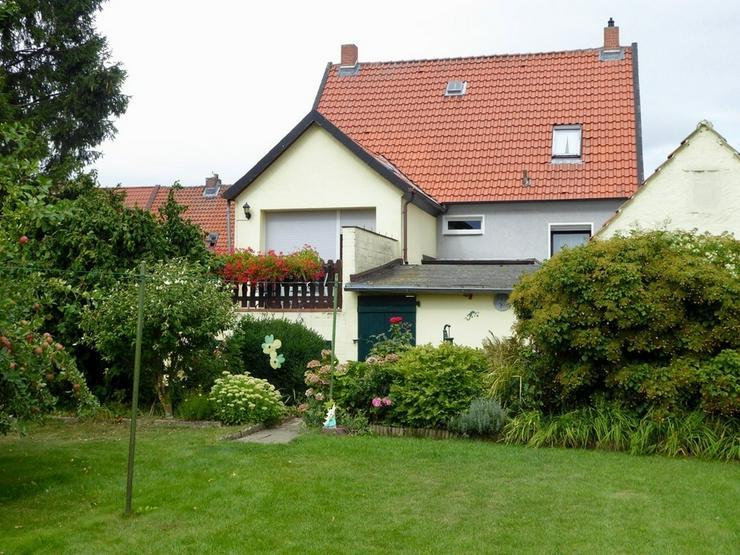 Gepflegtes Einfamilienhaus mit idyllischem Grundstück in Schladen
