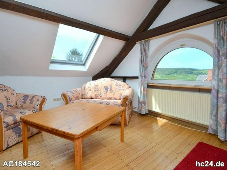 Möbliertes 1-Zimmer Dachgeschossapartment mit großem Garten in Ingelheim