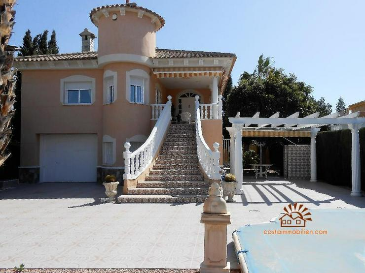 Villa in Benferri - Haus kaufen - Bild 1