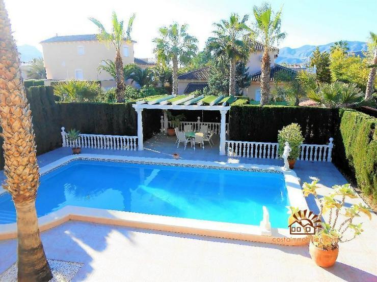 Bild 2: GROSSE PREISREDUZIERUNG!! Villa mit Gästewohnung in Benferri