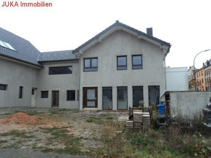 Bild 2: Grundstück 2350 qm mit Haus zum Ausbau
