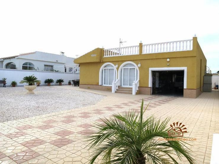 Villa in Torrevieja/Los Balcones - Haus kaufen - Bild 1