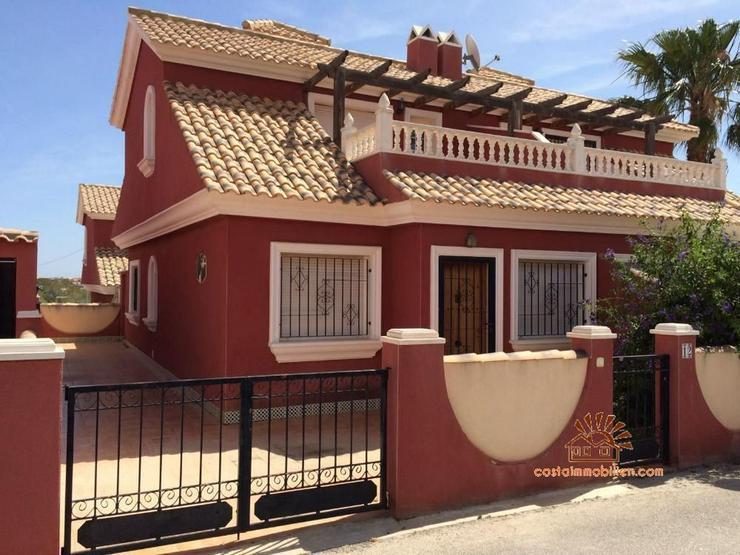 Doppelhaushälfte in Sol Golf II - Villamartin-Orihuela Costa - Haus kaufen - Bild 1