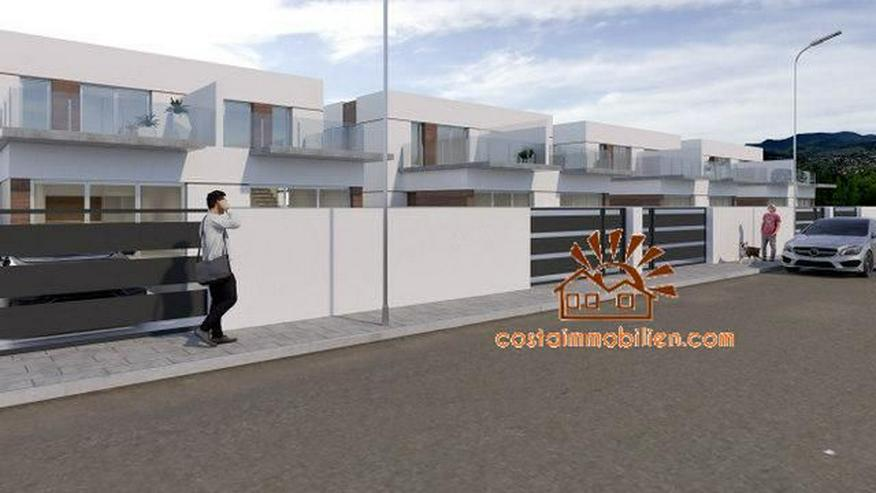 Bild 2: Neubau-Reihenhäuser in Daya Vieja-Alicante