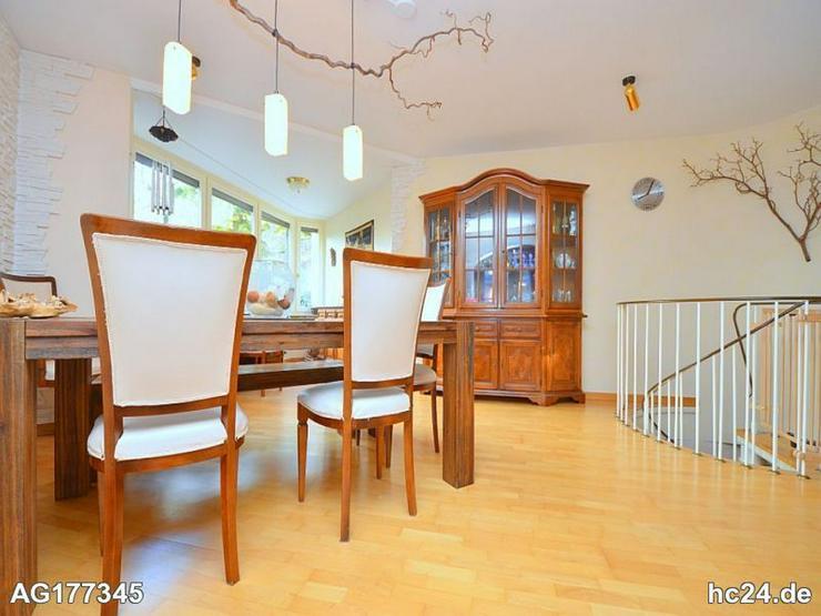 Hochwertig ausgestattete, voll möblierte Wohnung mit Terrasse in Leonberg