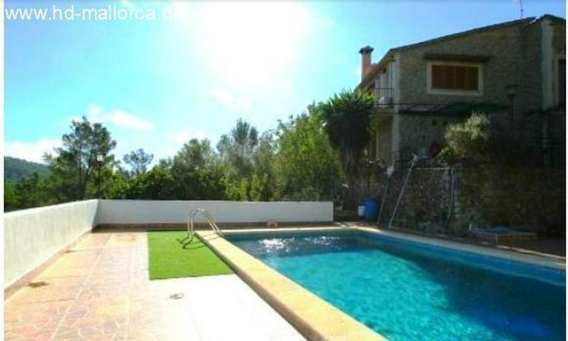 Bild 2: : Renovierungsbedürftiges Landhaus mit atemberaubenden Blick auf die Berge in Puigpunyent