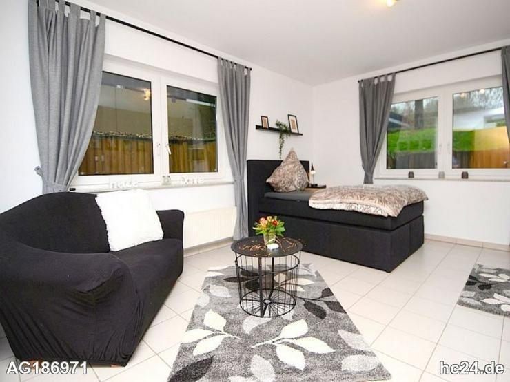 Möbliertes 1,5 -Zimmer Apartment mit WLAN, Ankleidezimmer und PKW Stellplatz in Raunheim