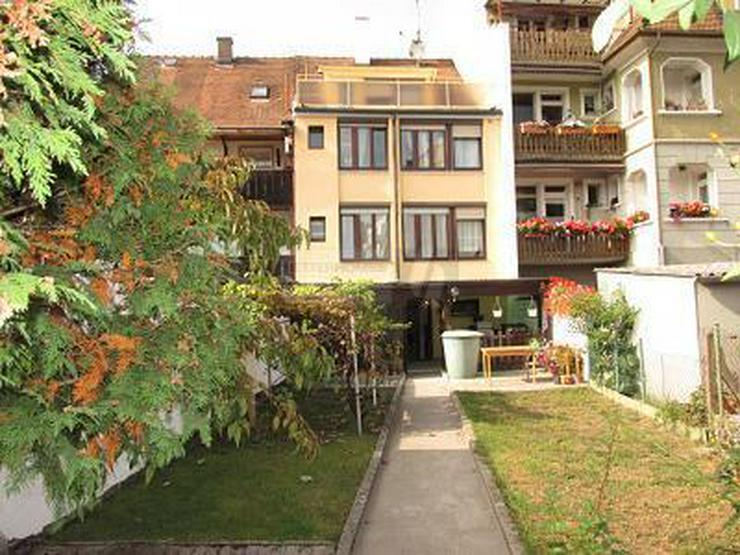 FAMILIENFREUNDLICH UND ZENTRAL MIT KL. GARTEN - Haus kaufen - Bild 1
