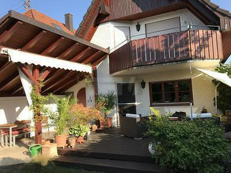 MIT GARTEN UND VIEL PRIVATSPHÄRE - Haus kaufen - Bild 1