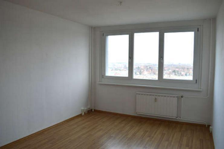 Bild 2: Helle modernisierte ein Zimmerwohnung