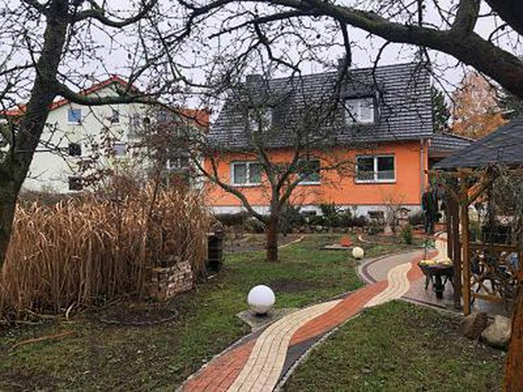 PERFEKT FÜR FAMILIEN-RUHIG IN DER NÄHE DER WUHLE - Haus kaufen - Bild 1