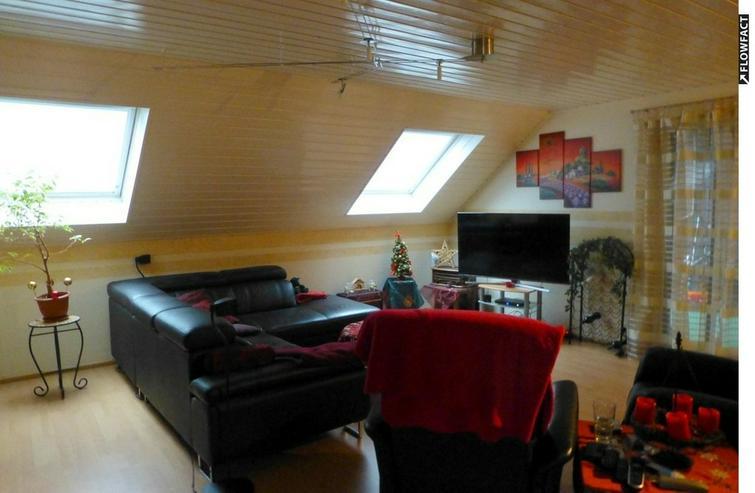 Großzügige 3- ZKB- DG-Wohnung in ruhiger Wohnlage