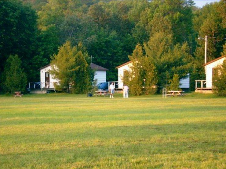 Bild 6: Wegen Krankheit., Anlage mit 8 Häuser auf ca. 50.000 qm Grundstück direkt am See!