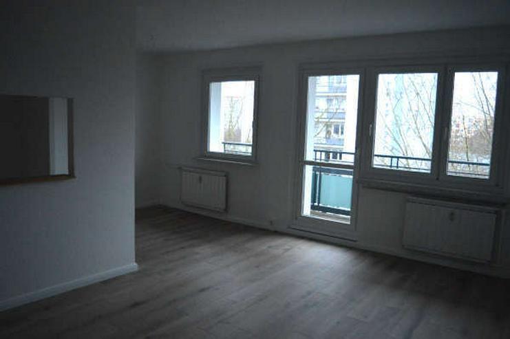Bild 2: Helle modernisierte drei Zimmerwohnung