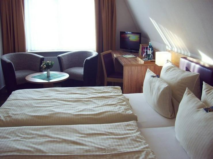 Bild 16: Landgasthaus, Restaurant mit Hotelzimmern und Betreiberwohnung