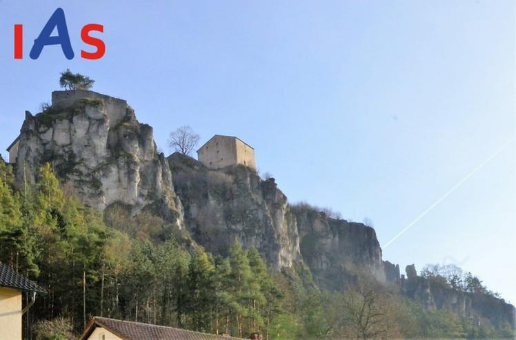 Bild 2: Gemütliche DG-Wohnung mit Dachterrasse in Kipfenberg zu verkaufen!