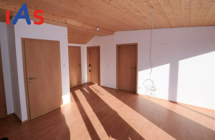 Bild 4: Gemütliche DG-Wohnung mit Dachterrasse in Kipfenberg zu verkaufen!