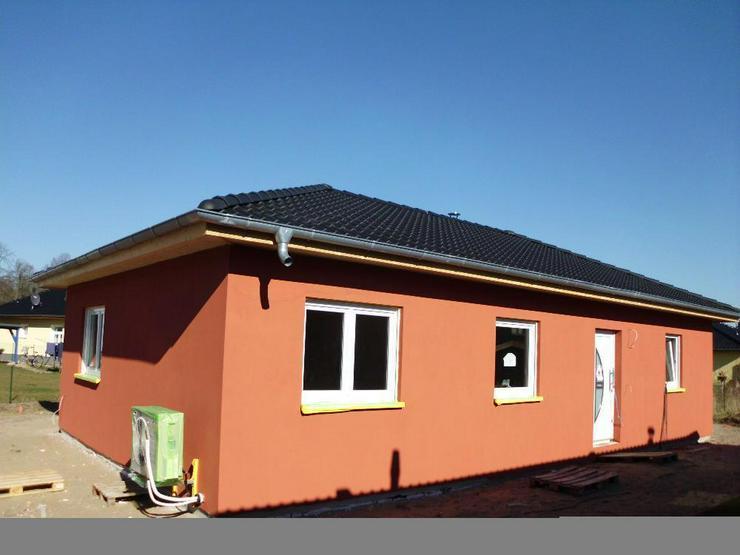 Riesiger Wohn-Traum-Bungalow für die Familie! - Haus kaufen - Bild 1