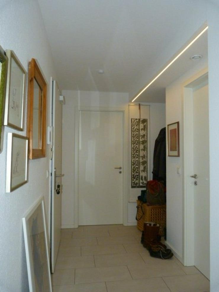 Bild 5: Neuwertige Etagenwohnung in bester Lage