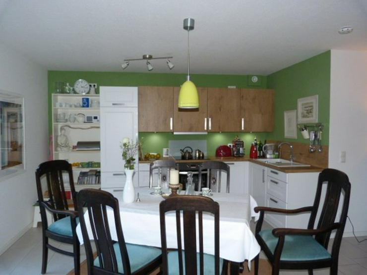 Bild 6: Neuwertige Etagenwohnung in bester Lage