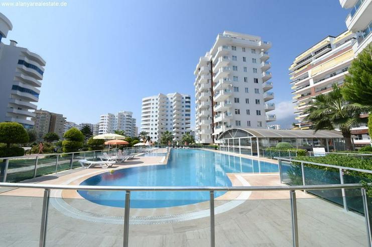 Bild 2: Brand Neues Duplex Penthaus mit Pool und Hallenbad