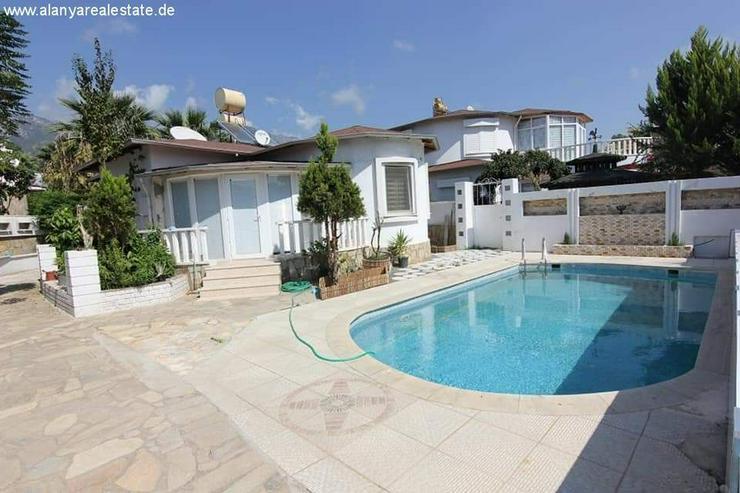 Bild 4: SCHNÄPPCHEN Voll möblierter 3 Zimmer Bungalow mit privat Pool und Garage