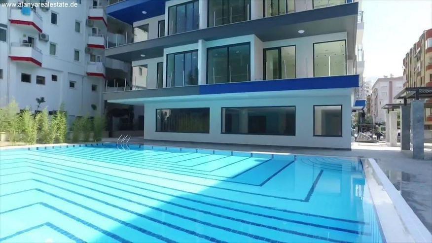 Bild 3: Twin Towers 2 Zimmer Duplex Luxus Wohnung direkt am Strand.