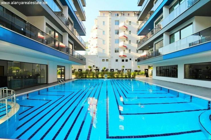 Bild 6: Twin Towers 2 Zimmer Duplex Luxus Wohnung direkt am Strand.