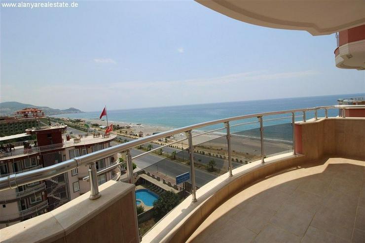 Bild 5: Luxus Residence in erster Meereslinie mit Pool und voll Panorama Meerblick