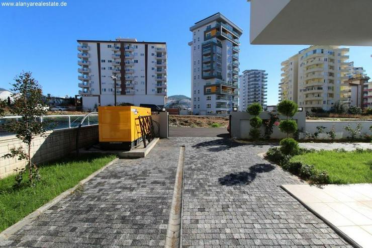 Bild 5: MEGA ANGEBOT Gold City Aura brandneue 3 Zimmer Wohnung voll möbliert mit Pool.