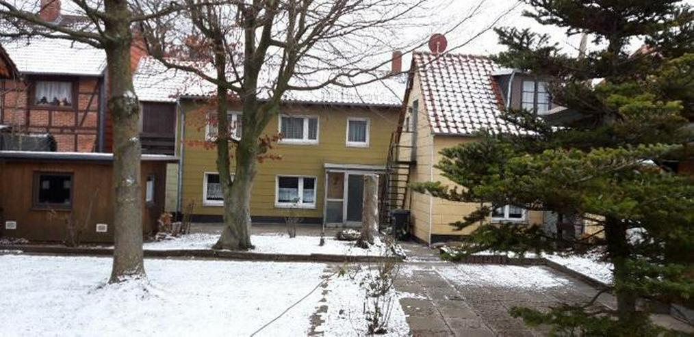 Inklusive Baugrundstück ! Sanierungsbedürftiges 2-Familienhaus mit Einliegerwohnung - Haus kaufen - Bild 2
