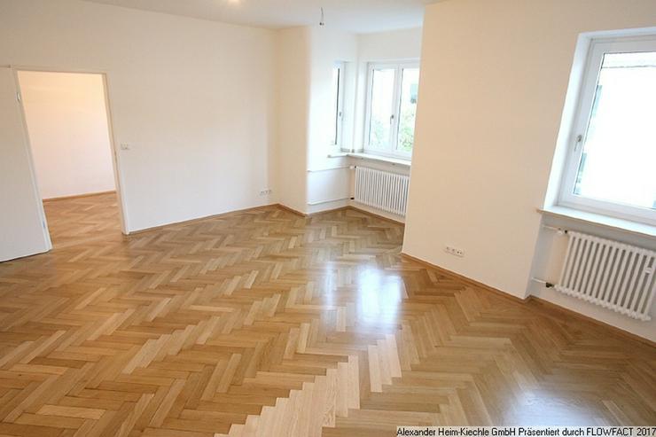 Lehel-St.-Anna-Platz: Rarität in Münchner Bestlage - Wohnung mit üppiger, 39m²-Dachter...