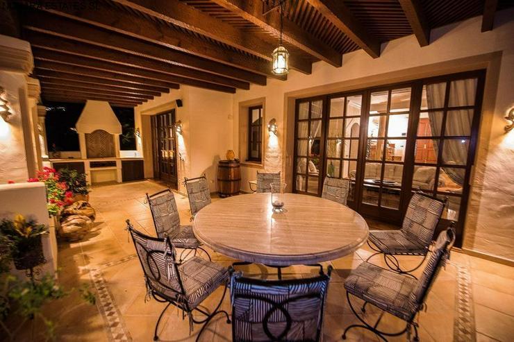 Bild 3: Villa in La Zagaleta with guest house